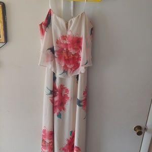 Summer time maxi dress.
